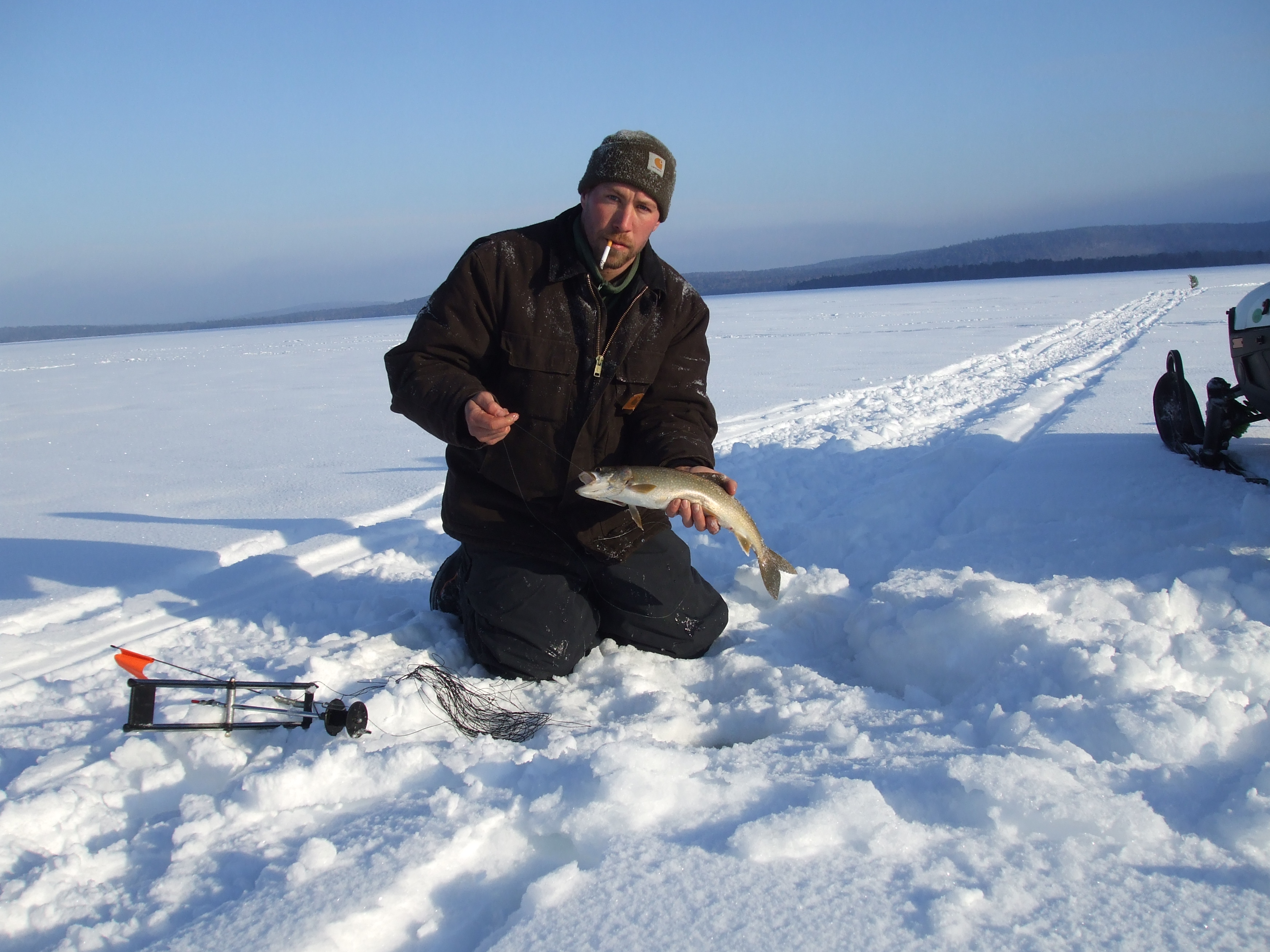 Maine ice fishing trips for Ice fishing maine
